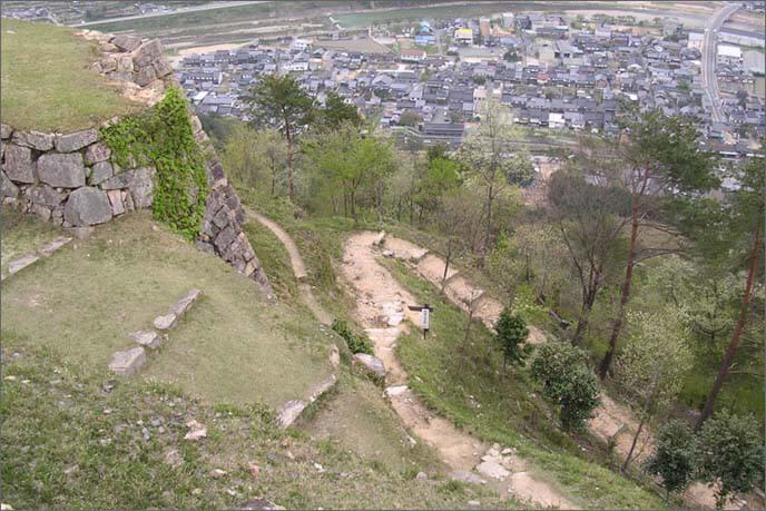 山上/北千畳(きたせんじょう)の入口の上から見下ろした画像