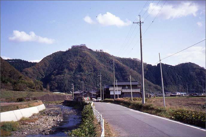 利神(りかん)城の外観画像