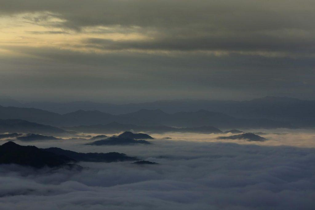 雲海の曙光