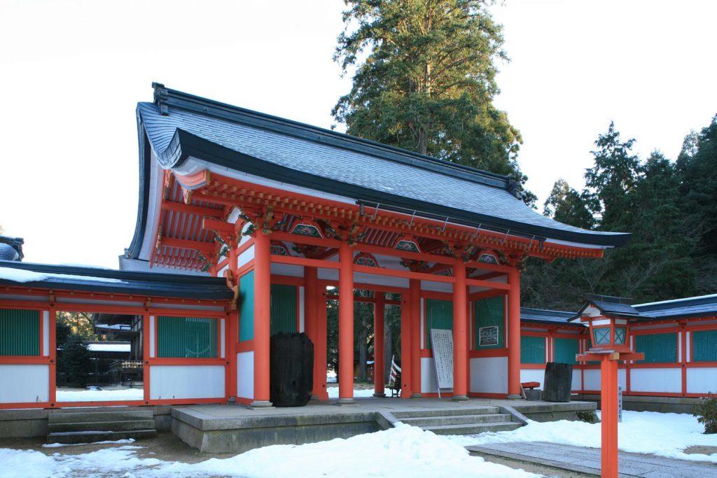 出石神社(桜門)