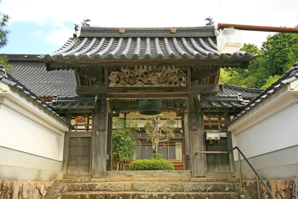 楽音寺(門)