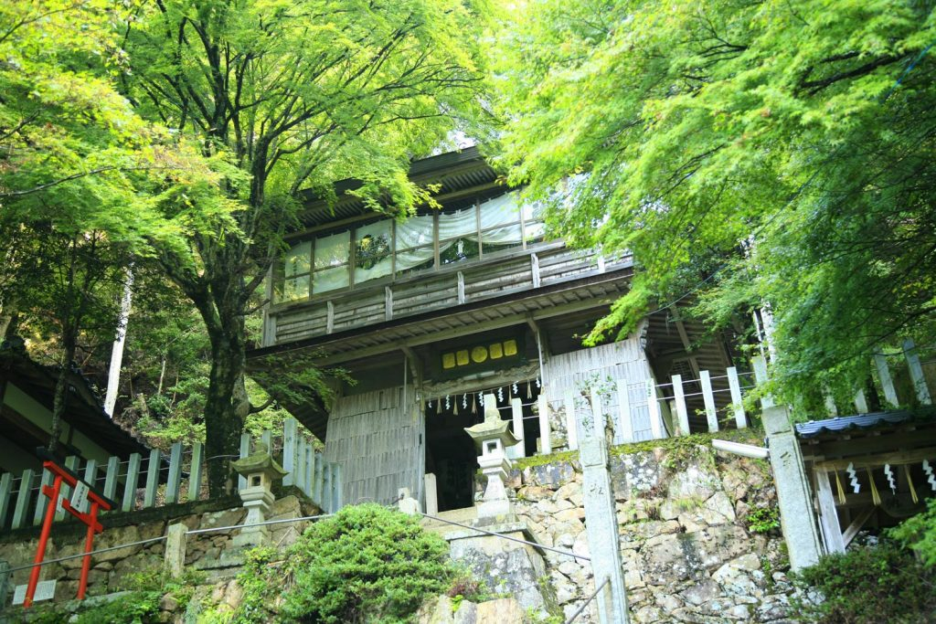 青倉神社(本殿)