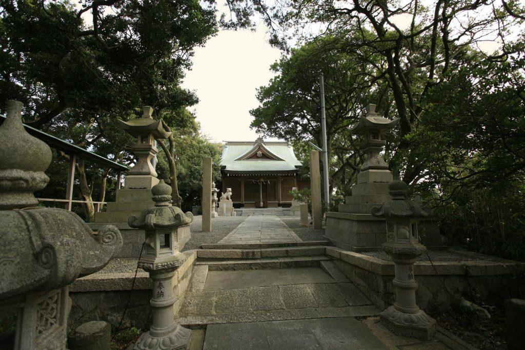 家島神社(境内)