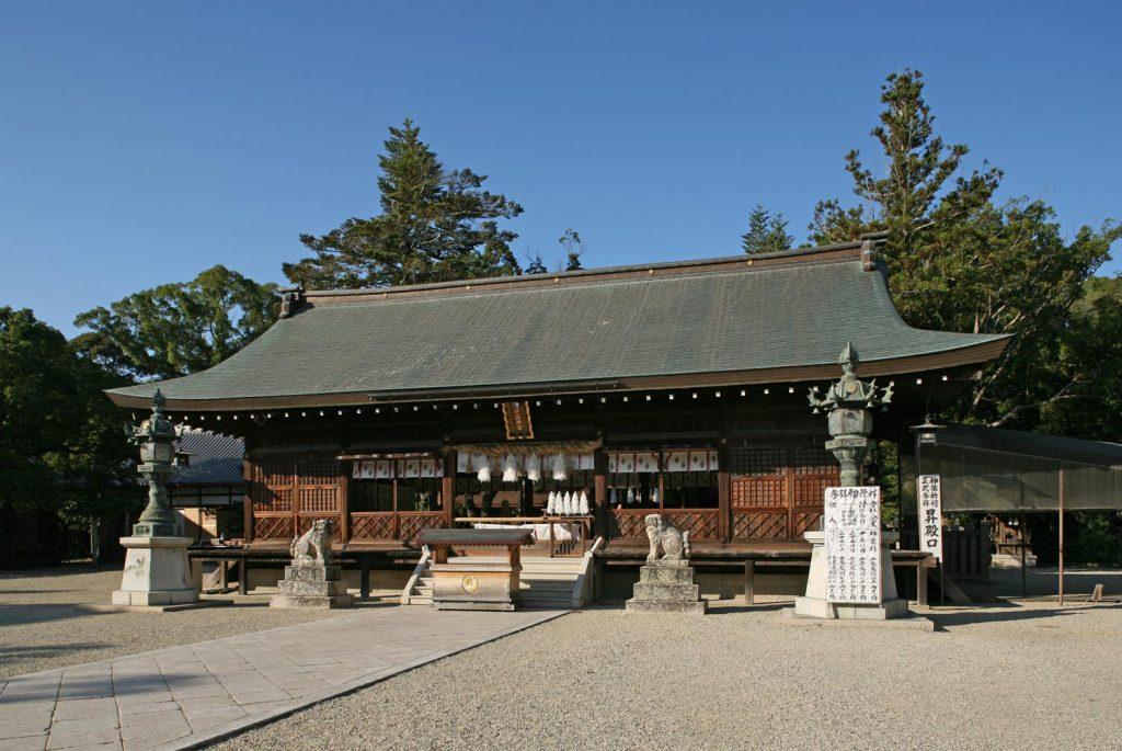 伊弉諾神宮(拝殿)