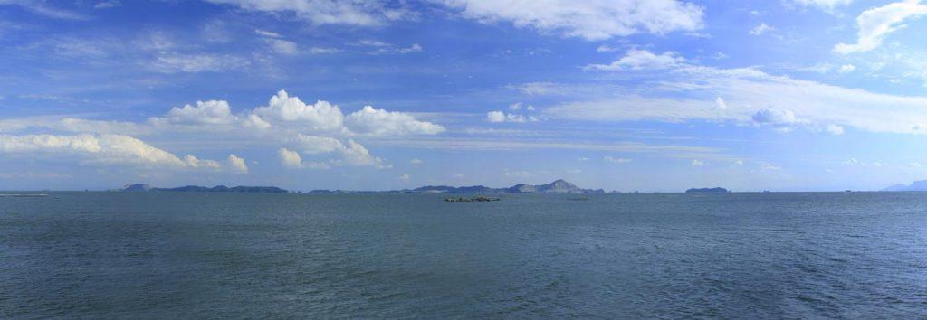 会場から見た家島全景