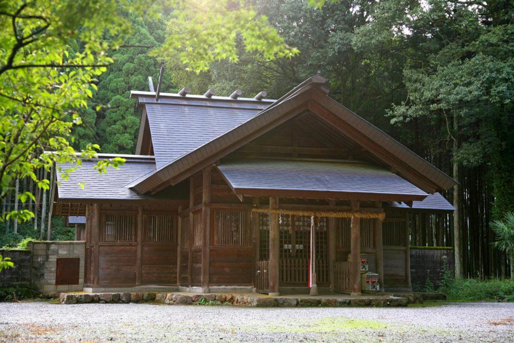 櫛岩窓神社(拝殿)