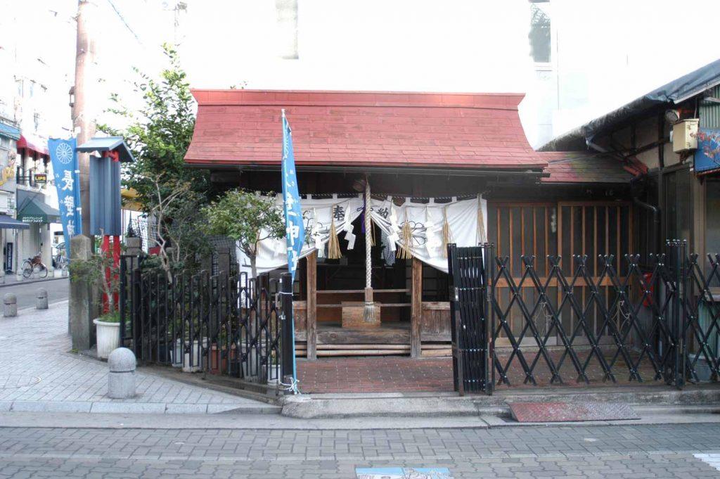 立町 長壁神社