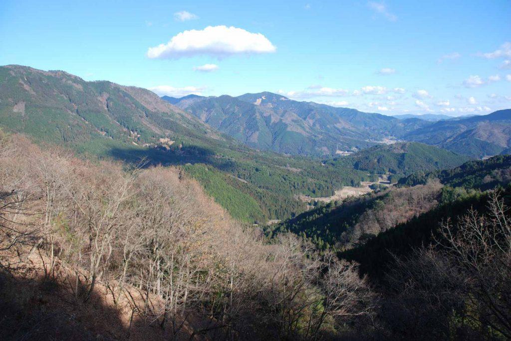 志引峠から見た千種の谷