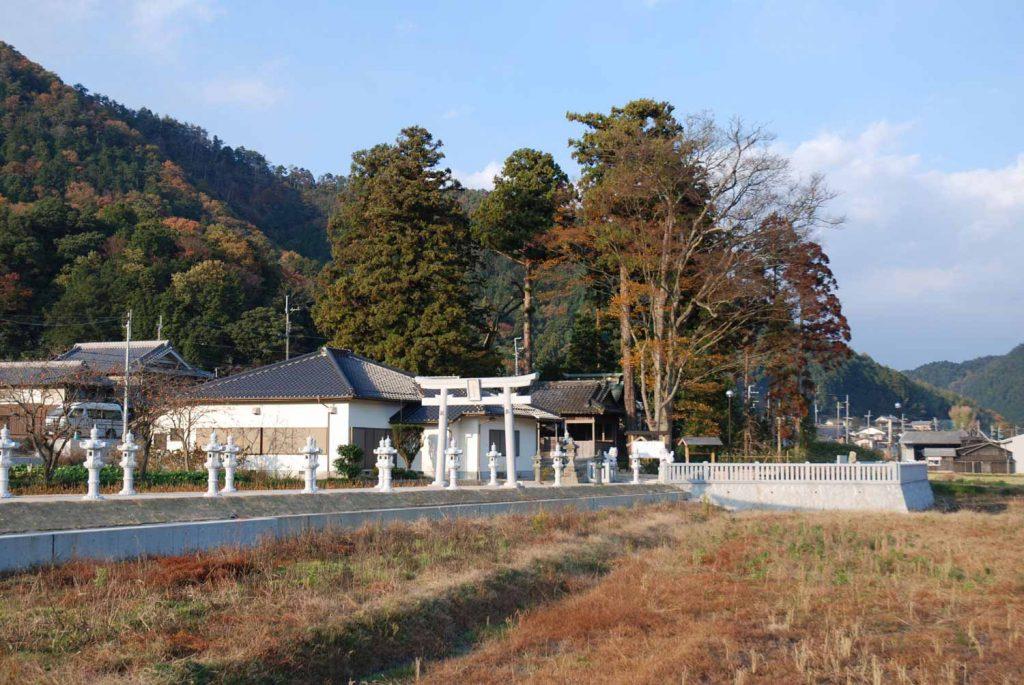 丹波篠山市犬飼 大歳神社