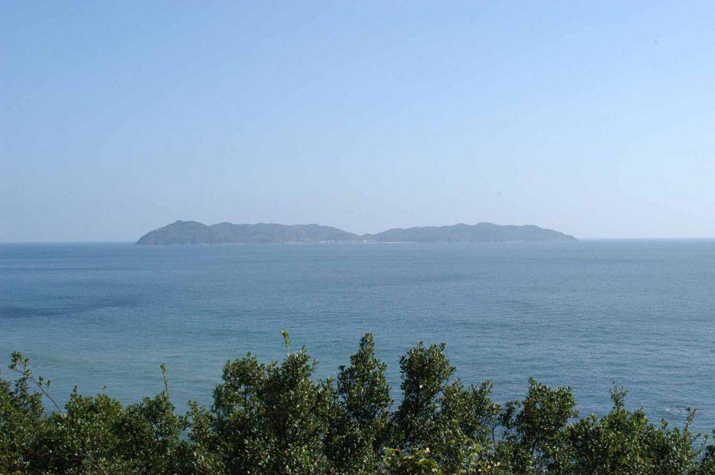 淡路島から見た沼島
