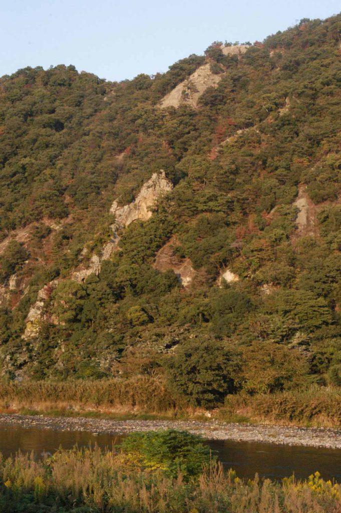 觜崎の屏風岩