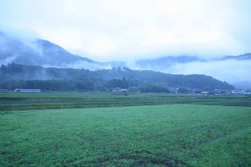 古墳群の丘の写真
