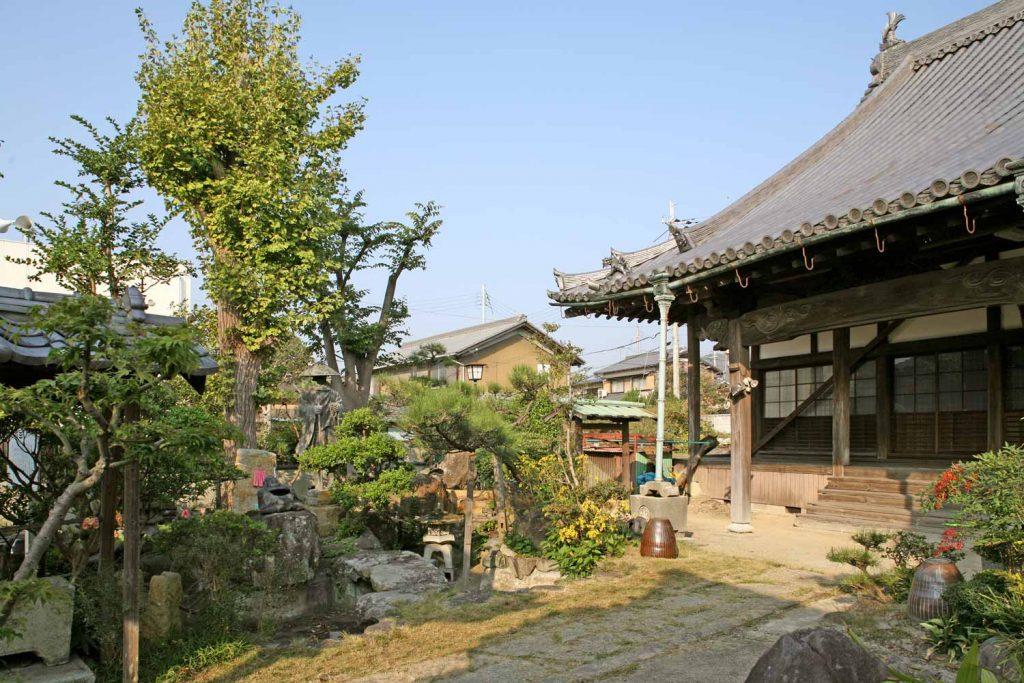 伊和神社(拝殿)の写真