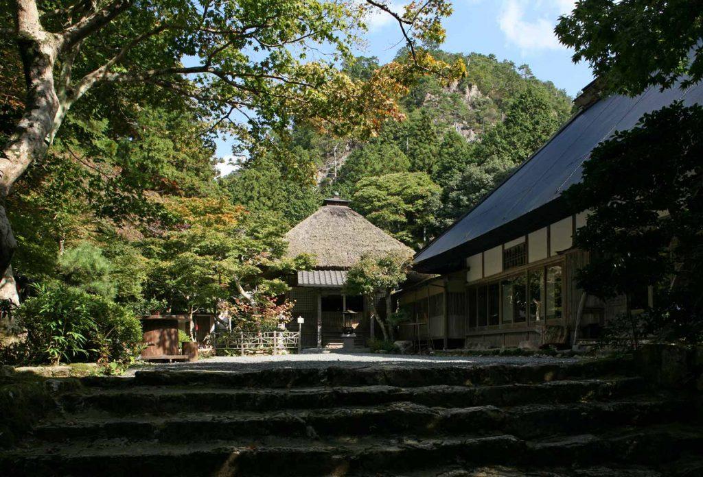 岩瀧寺(本堂)