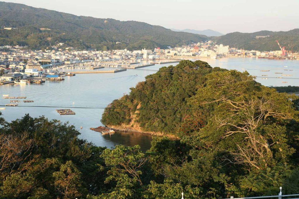 福良湾と煙島