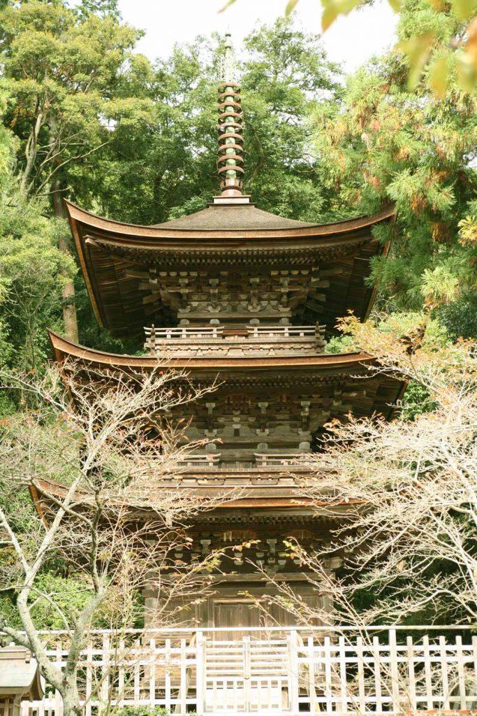 六條八幡神社(三重の塔)