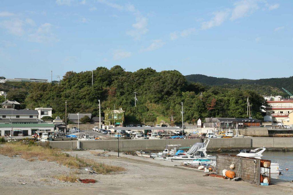 岩屋城(港から)